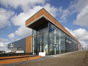 Artikel 'Uitgekookt met hout' in Houtwereld